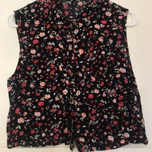 Floral Crop Top Button Up